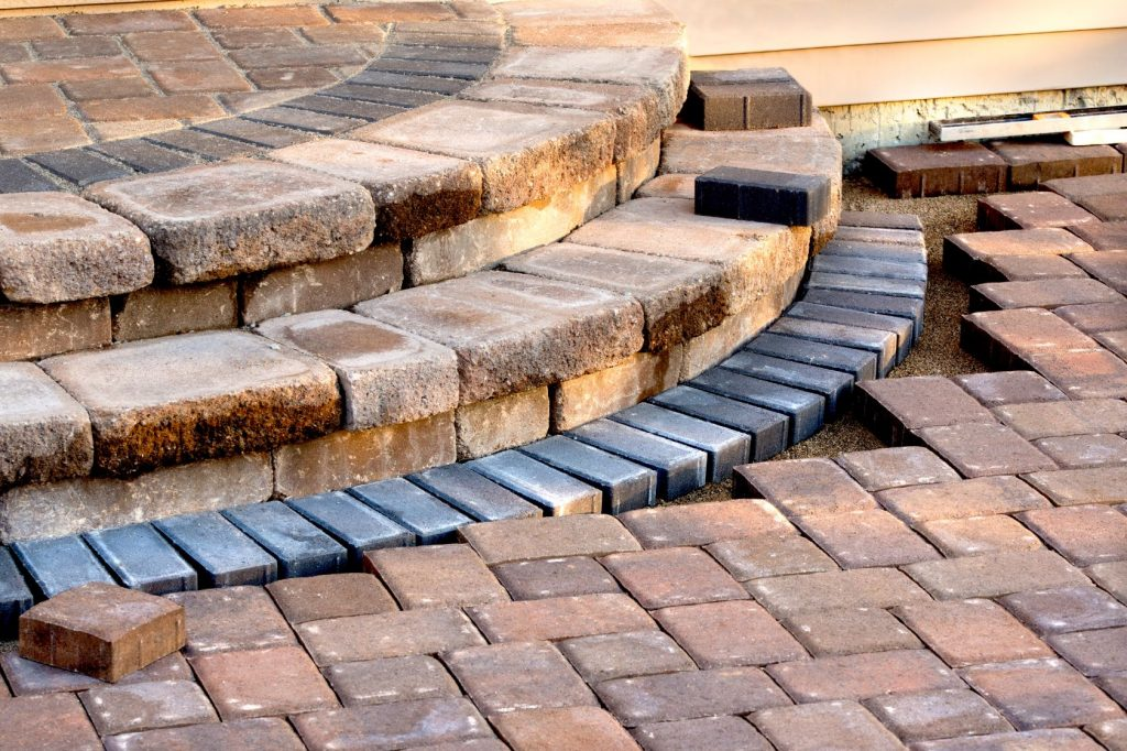 driveway brick pavers installation in Los Angeles